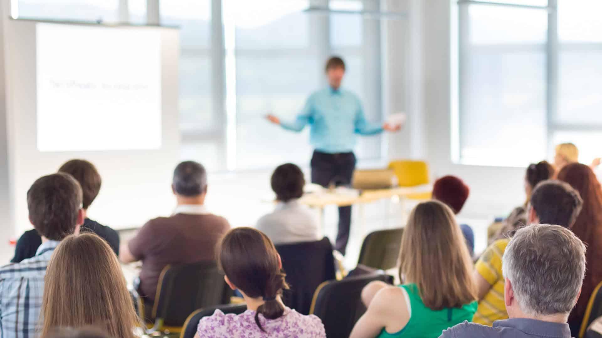 I corsi di formazione di PrivacyControl dedicati a tutto il personale dipendente di Aziende Private che di Autorità Pubbliche, permettono di mantenere costantemente aggiornate le proprie conoscenze in ambito di protezione dei Dati Personali.